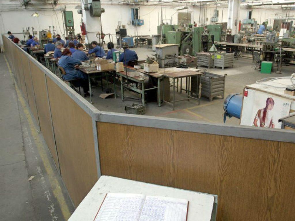 Со оглед на неажурноста на трудовите инспектори во овие случаи, сосема е разбирливо што сопствениците и менаџерите на фабриките не го почитуваат законот и не се плашат од казните | Фото: Андреј Гиновски