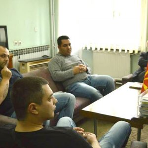 Незадоволни работници на средба со Синдикатот | Фото: Д. Саздова