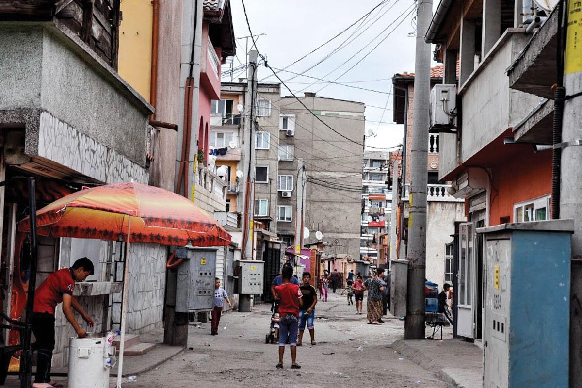 Столипиново, најголемата ромска населба во градот Пловдив. Фото: Зорница Стоилова
