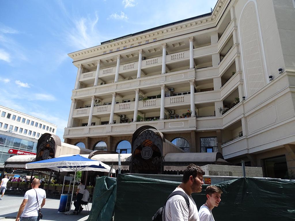 Иако проценетата вредност во тендерите за актуелните огласи за фасади изнесува 6,6 милиони евра, од Градот Скопје велат дека годинава ќе се потрошат околу 5 милиони евра за реконструкција на фасади | Фото: БИРН архива