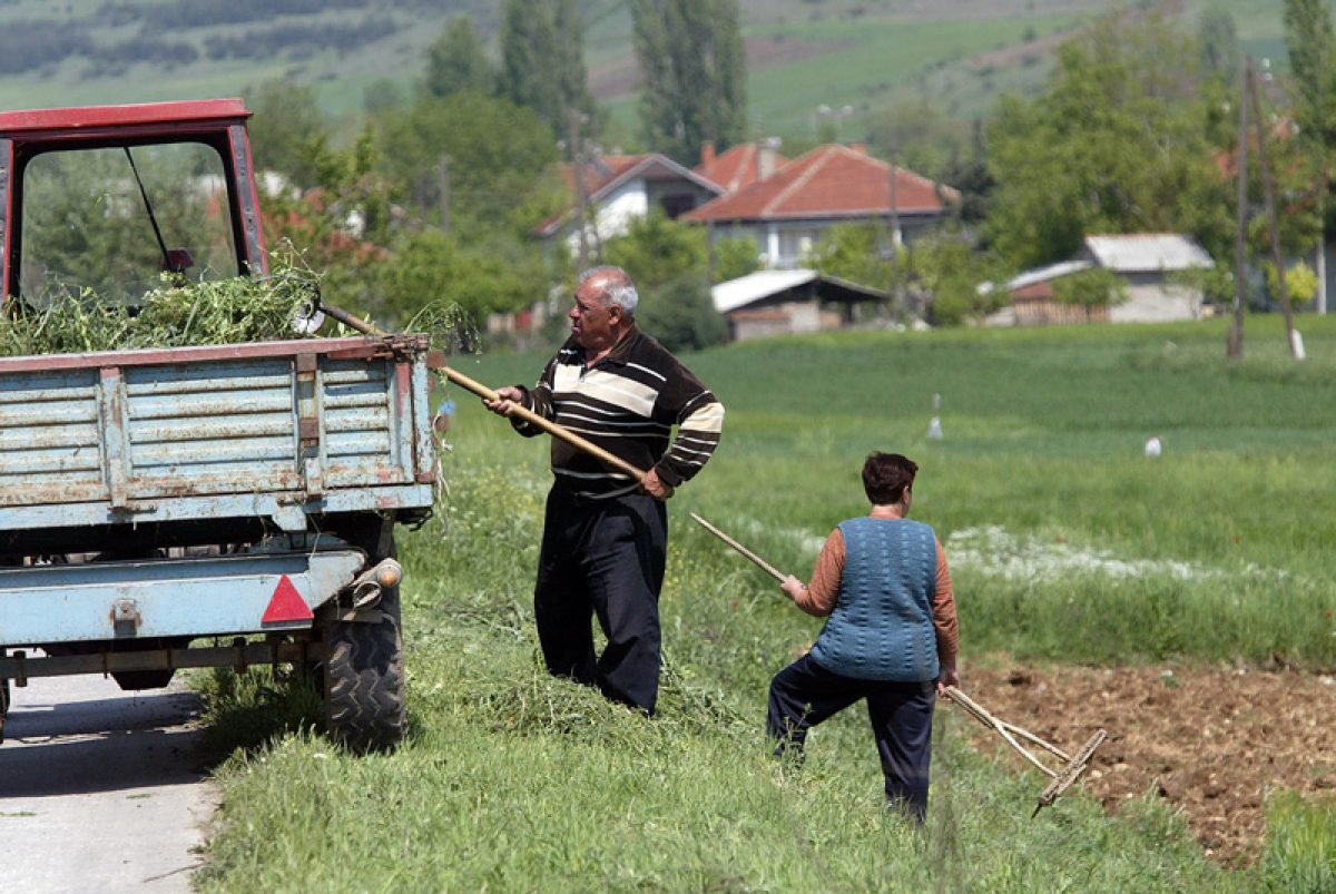 subvencii-maz-zena-traktor-seno