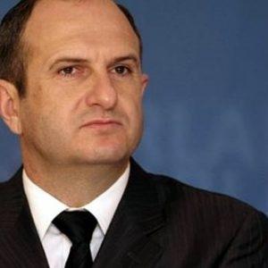 На првично објавената листа на сведоци, името на експремиерот Владо Бучковски не е наведено, иако тој сам потврди дека сведочел во 2014 година   Фото: БИРН