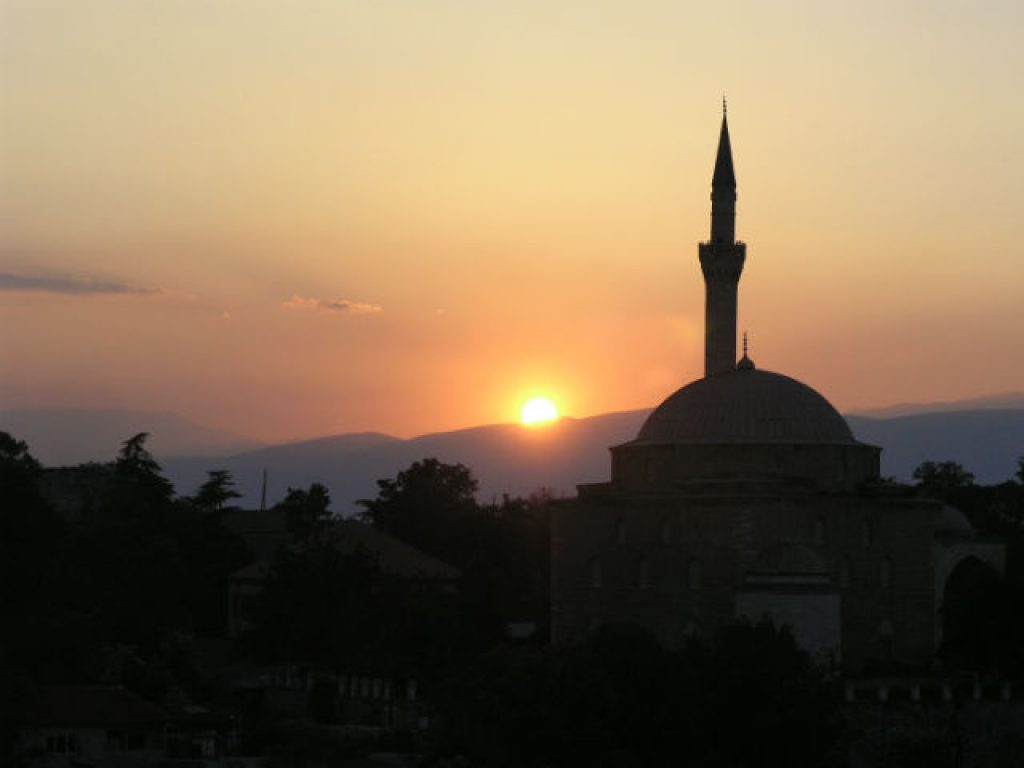 На 831 жител во Македонија доаѓа по една црква или џамија   Фото: Александар Писарев