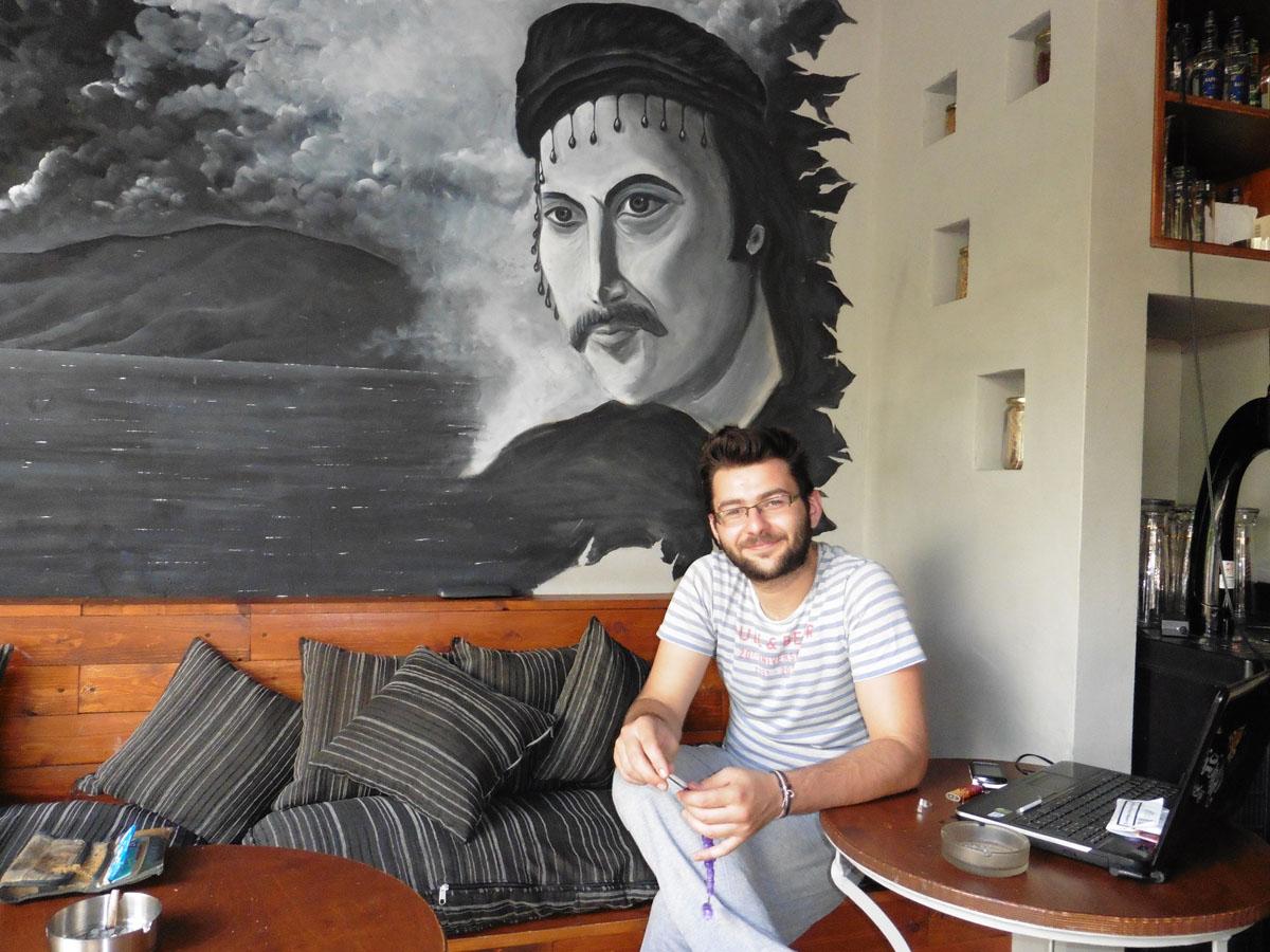 Готвачот Александер Пападопулос во својот ресторан во Егзархија. Фото: Дамир Пилиќ