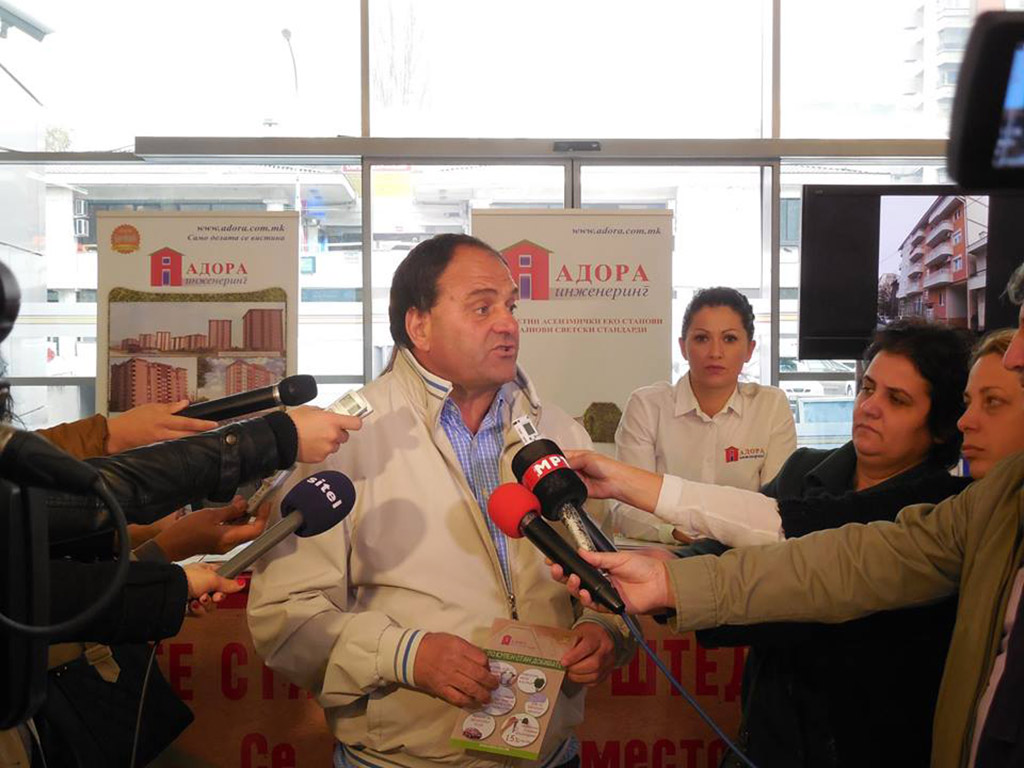 """Шеесетгодишниот радовишанец, поранешпен прв човек на рудникот """"Бучим"""", веќе 13-та година ја води градежната компанија """"Адора инженеринг"""" која досега изградила многу објекти во Скопје и во внатрешноста"""