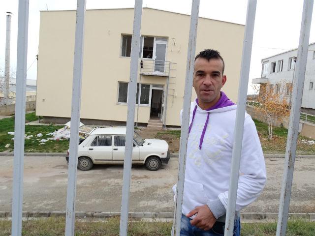 Мустафа Сафи, 28-годишниот Сириец кој тргнал кон подобар живот во Германија, а бил фатен во Македонија