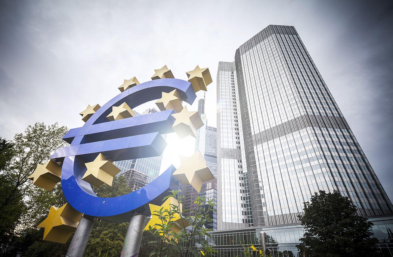 eurobond_shutterstock_155354360