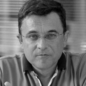 Младенов загина ноќта меѓу 26 и 27 март 2013 година во близина на клучката кај Хиподром возејќи во правецот на Скопје