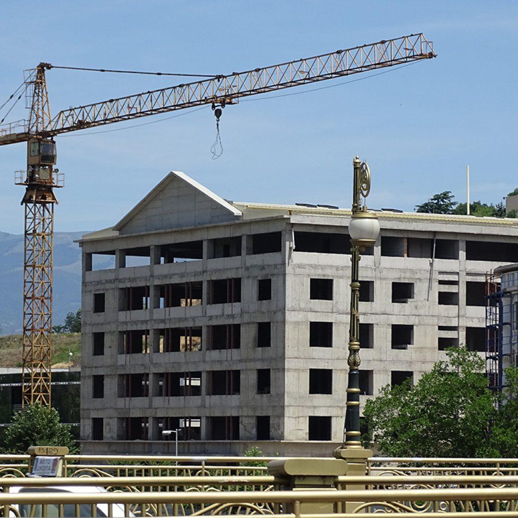 """Новата """"Градска куќа"""" на град Скопје ја гради Бетон, фирма трета на листата фирми со најголема вредност на тендерите. Фото: БИРН"""
