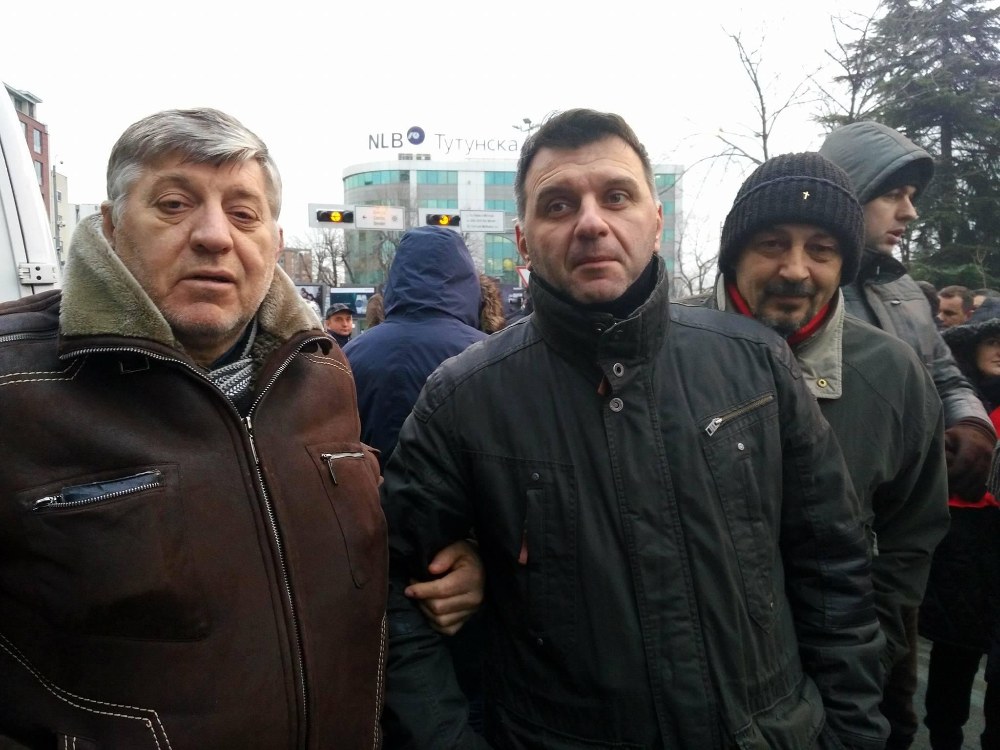 Јохан Тарчуловски со симпатизерри на ВМРО-ДПМНЕ